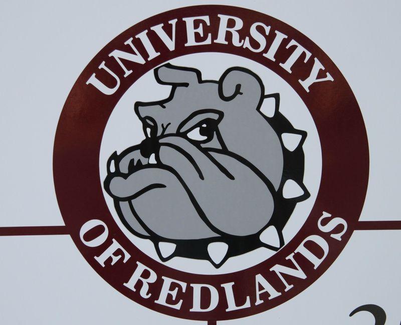 Universityofredlandslogo