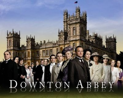 Downton-Abbey-cast-photo-611x489